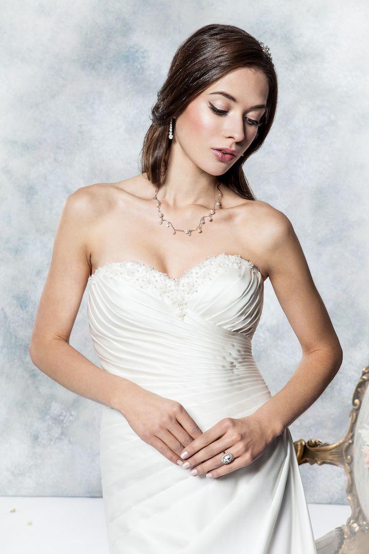 Wedding Dress Style D011