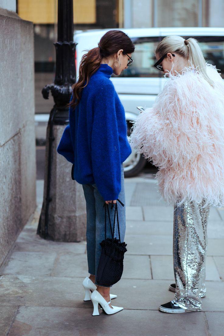 London Fashion Week AW17 www.instagram.com/michaelatphotos Photography by Michaela Tornaritis