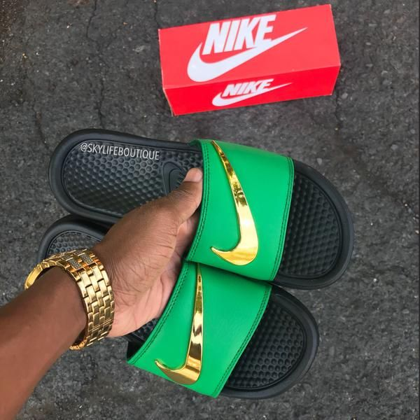 extremadamente Buscar a tientas Egoísmo  Nike Benassi Swoosh