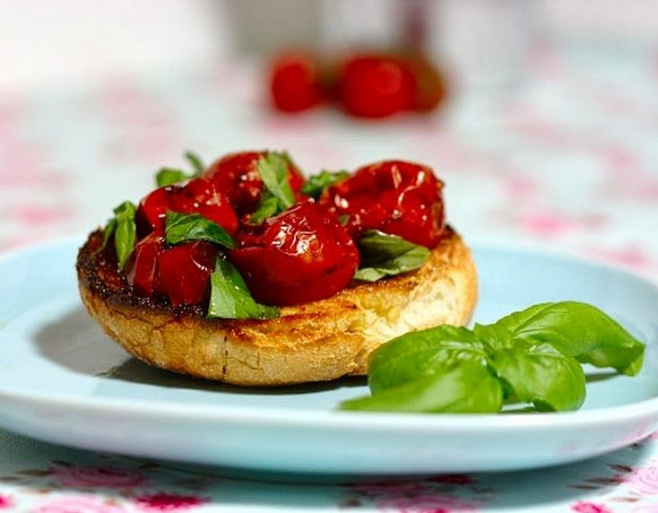 Bruschetta de Tomate-Cereja Assado com Vinagre Balsâmico