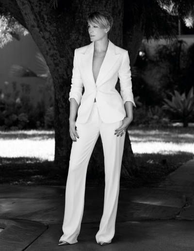 Robin Wright, she will always be Kelly Capwell to me.. agreed ( Loved Cruz & Eden)