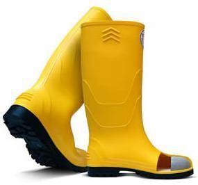Resultado de imagen para botas de caucho con punta de acero