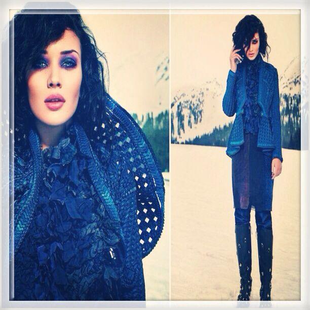 Jaqueta incrível dos estilistas Pankaj & Nidhi para a revista Verve.