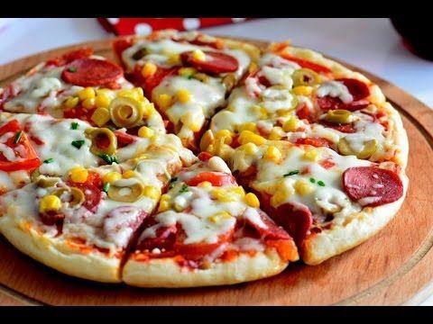 Pizza yapmak hiç bu kadar kolay olmamıştı :) Malzeme listesi ve diğer pizza tarifleri için lütfen tıklayın ; http://umutsepetim.com/2016/06/3-dakikada-bazlam...
