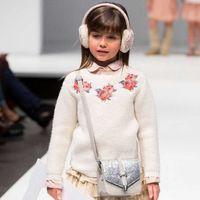Hurave 2017 Nueva Chaqueta de Punto Chicas Suéter Bordado Floral Niños de Los Niños del Otoño Chaqueta de Punto para Niñas Primavera Niño Hizo Punto el Suéter
