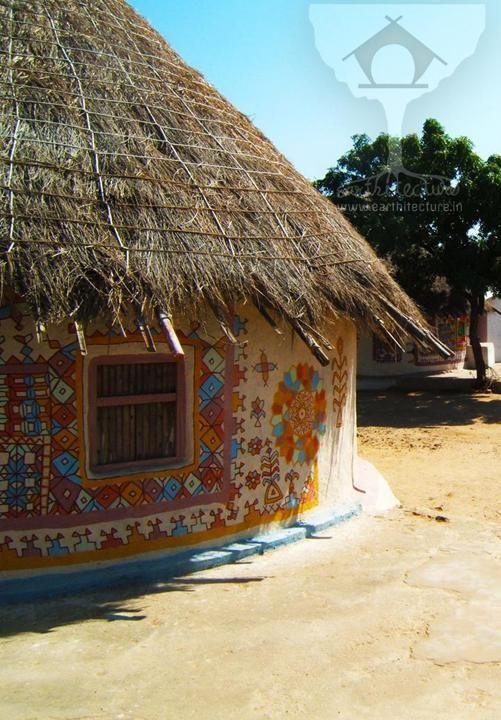Bhunga-kutch-mud-hut-architecture-photo-book-earthitecture
