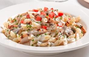 Death by deliciousness.... Johnny Carino's Chicken Penne Gorgonzola Recipe