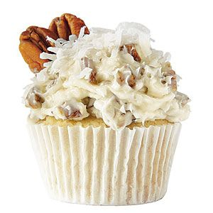 Ole Miss Italian cream cupcake from Southern Living. Inspiration: Italian cream cake