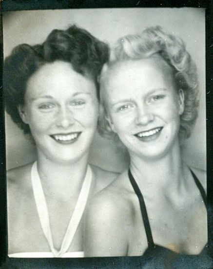 1940's - Sisters - Afternoon at the beach.