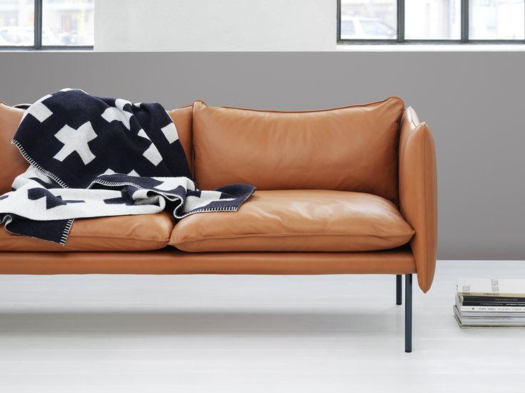 Tiki är en vacker soffa, formgiven av Andreas Engesvik för Fogia. Soffan kom…
