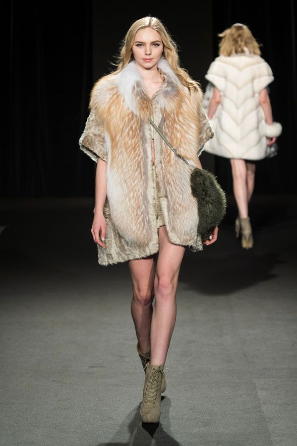 RoyalChie2015Collection #Royalchie #Fur #Fashion #Tokyo #Fukuoka #Party…
