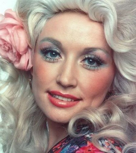 dolly: Inspiration, Beautiful, Country Music, Style Icons, Dolly Parton, Dollyparton, Drag Queen, Blue Eyeshadows, Plastic Surgery