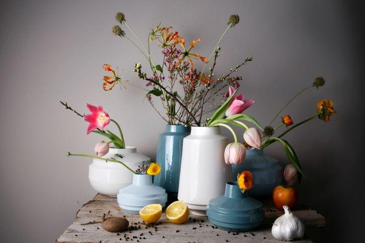 High edged vase turquoise - Fenna Oosterhoff - BijzonderMOOI* Dutch design online