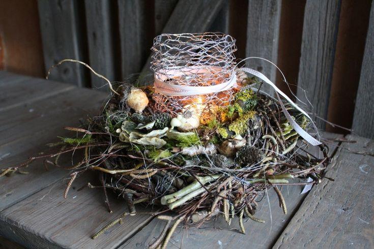 ***NEU*** Tischkranz der den Frühling ahnen lässt von Frijda im Garten - Aus einer Idee wurde Leidenschaft auf DaWanda.com
