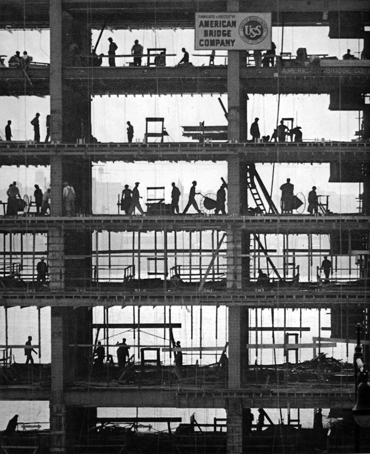 "Martin Munkacsi : ""Working towards greater New York"", c. 1940"