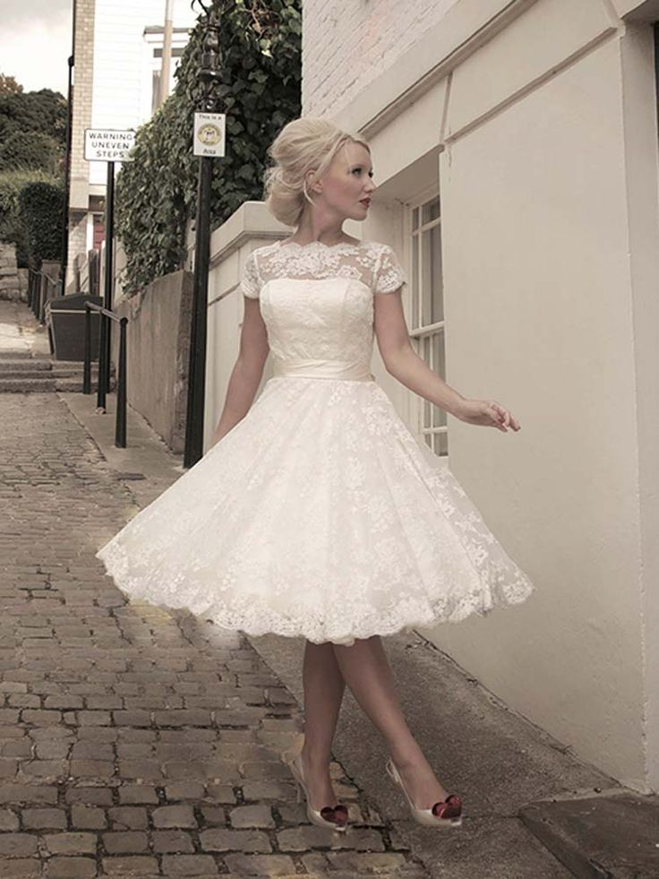 #HouseOfMooshki #Sarah #TeaLength #WeddingDress #PrudenceGowns #DressingYourDreams #Plymouth #Exeter #Devon #Cornwall