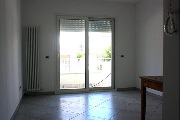 Nuovo, elegante e piccolo prezzo, appartamento trilocale in vendita a #riccione Alba, 200 m dal mare
