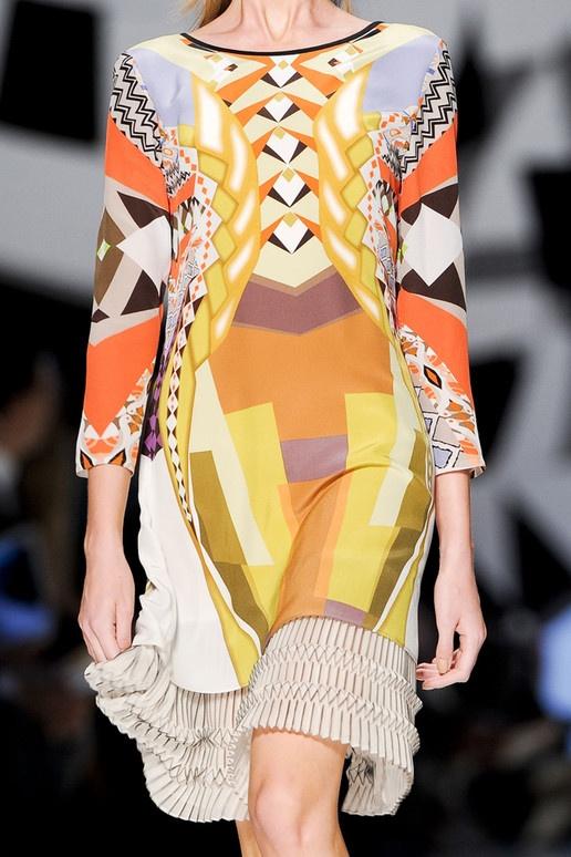 Etro, art deco print... ideas for beta fashion competition #design #textiles #inspiration