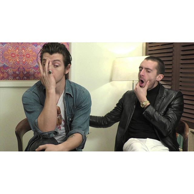supersonicdaydreamer/2016/09/01 17:37:11/So The Last Shadow Puppets tour is over...as fun as it was hopefully Al's getting back into the studio with the monkeys 🖋  they look like they've just watched the Miracle Aligner vid tbh - -  #thelastshadowpuppets #arcticmonkeys #alexturner #mileskane #miraclealigner