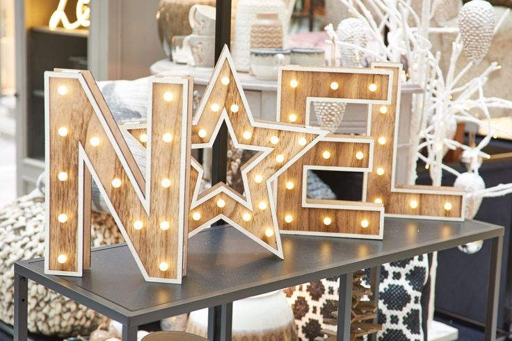 Nothing says Christmas like a light up 'Noel' sign, right!? | Xmas Press Launch '16