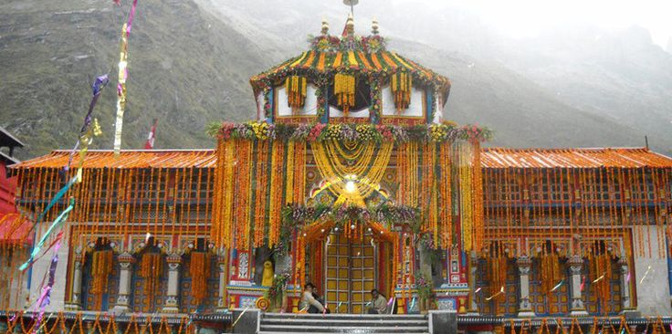 Top 30 Famous Temples in India: Tour My India  Badrinath Temple