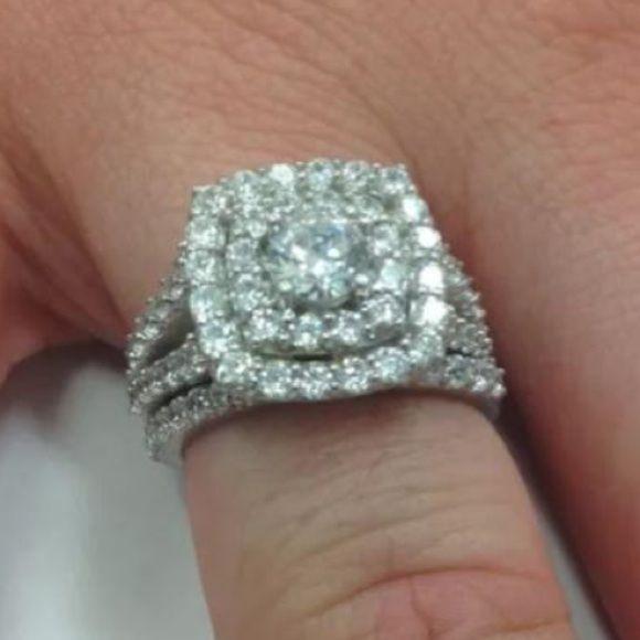 *LAST DAY* 1 carat 10k gold diamond ring set! Amazing 1 carat 10k gold diamond ring set! Lowest pa pal ONLY! Jewelry Rings