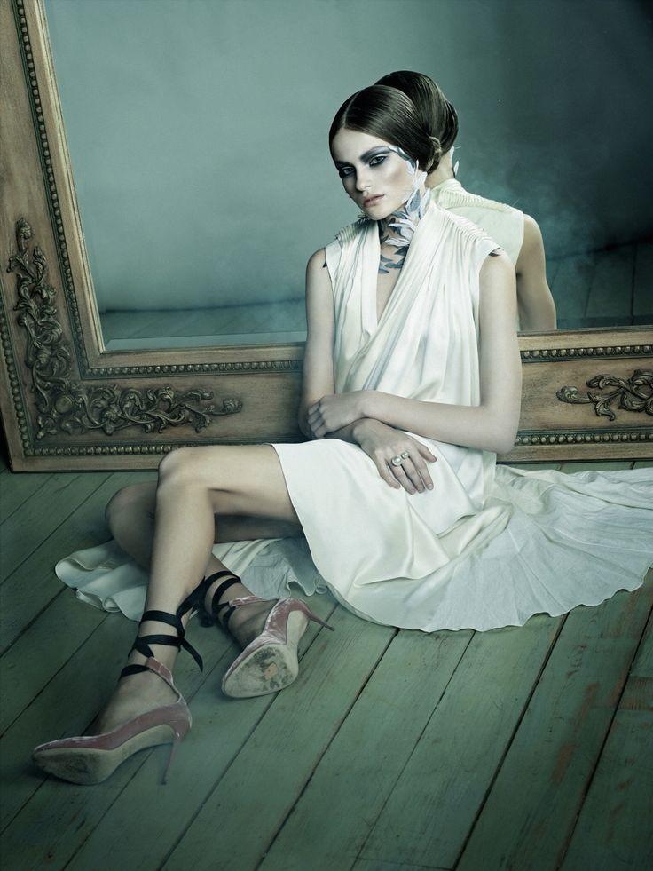 """Fashion story """"Swan lake"""" Sffera Photoproduction sffera.ru/photostudio/ съёмки: 84952878685 #fashion #shooting #съемка #swanlake #lifestyle #photo #рекламнаясъемка"""