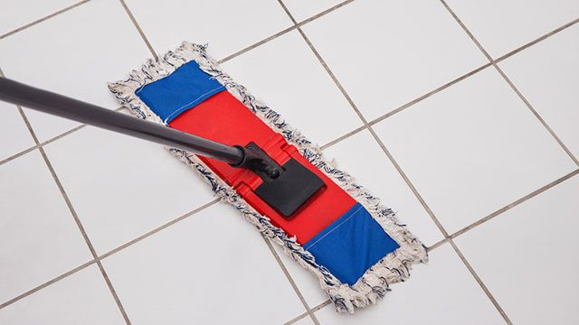 Piastrelle: pulirle con i rimedi naturali