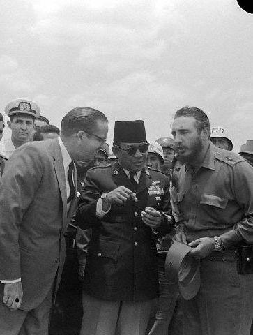 Sukarno with Osvaldo Dorticos & Fidel Castro