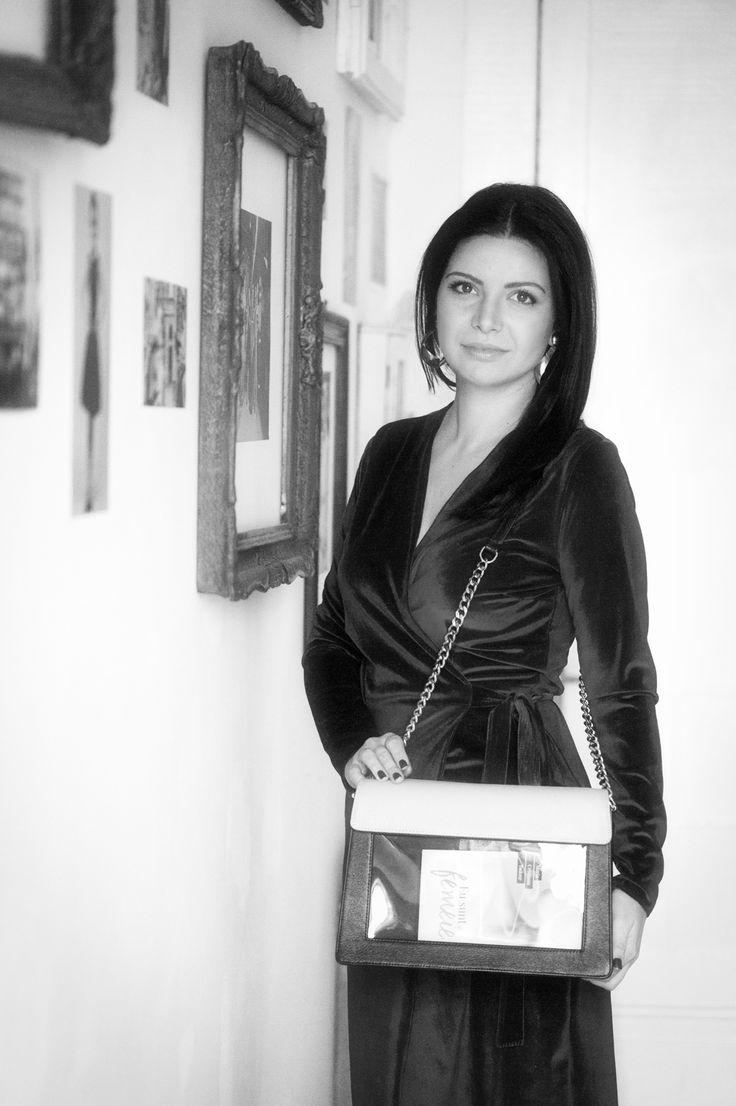 "Rusanda COJOCARU | Designer vestimentar | ""Citesc, deci sunt sexy"""