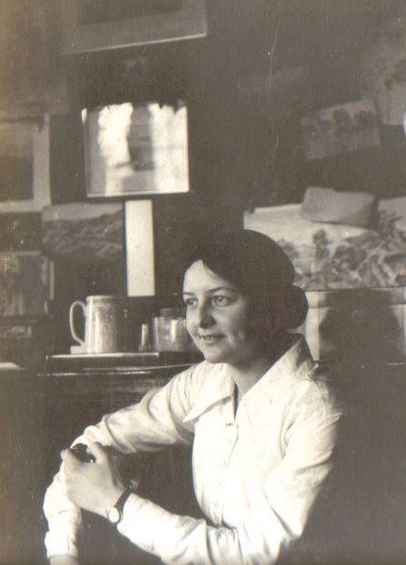 Gwen Bisset, summer 1913