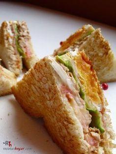 Receta para preparar sándwich especial de atún. Explicada paso a paso, con fotografías en cada uno de los pasos.