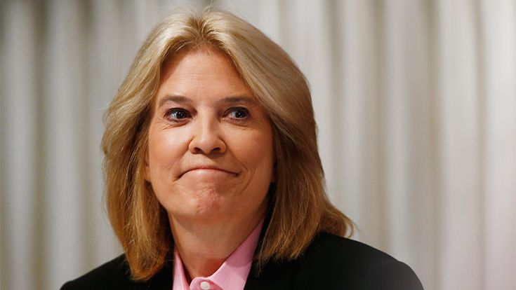 Greta Van Susteren is leaving MSNBC, less than seven months after she joined the NBCUniversal-owned cable-news outlet. The network intends to replace her at 6 p.m. with Ari Melber, according to a m…