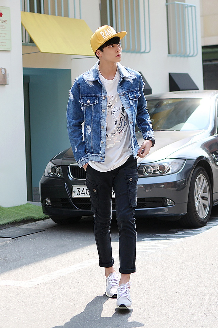 KPOP Street #mensfashion | Raddest Looks On The Internet: http://www.raddestlooks.net