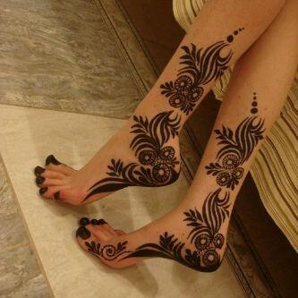 Mehendi feets