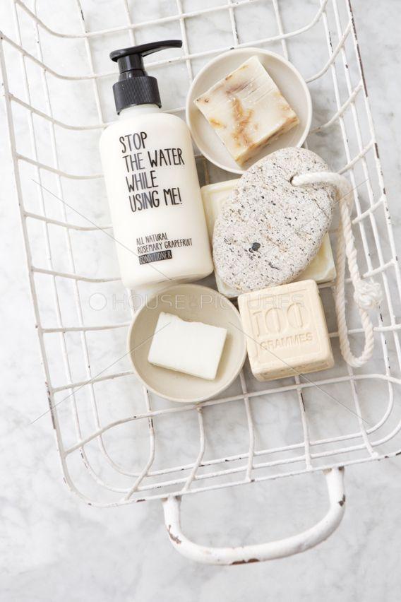 ♥ ... auch ein Bad kann ein wenig Deko und Arrangement vertragen