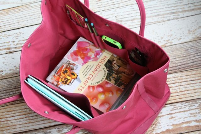 Martha Stewart Home Office totes and cases are a beautiful way to stay organized on the go #marthastewarthomeoffice