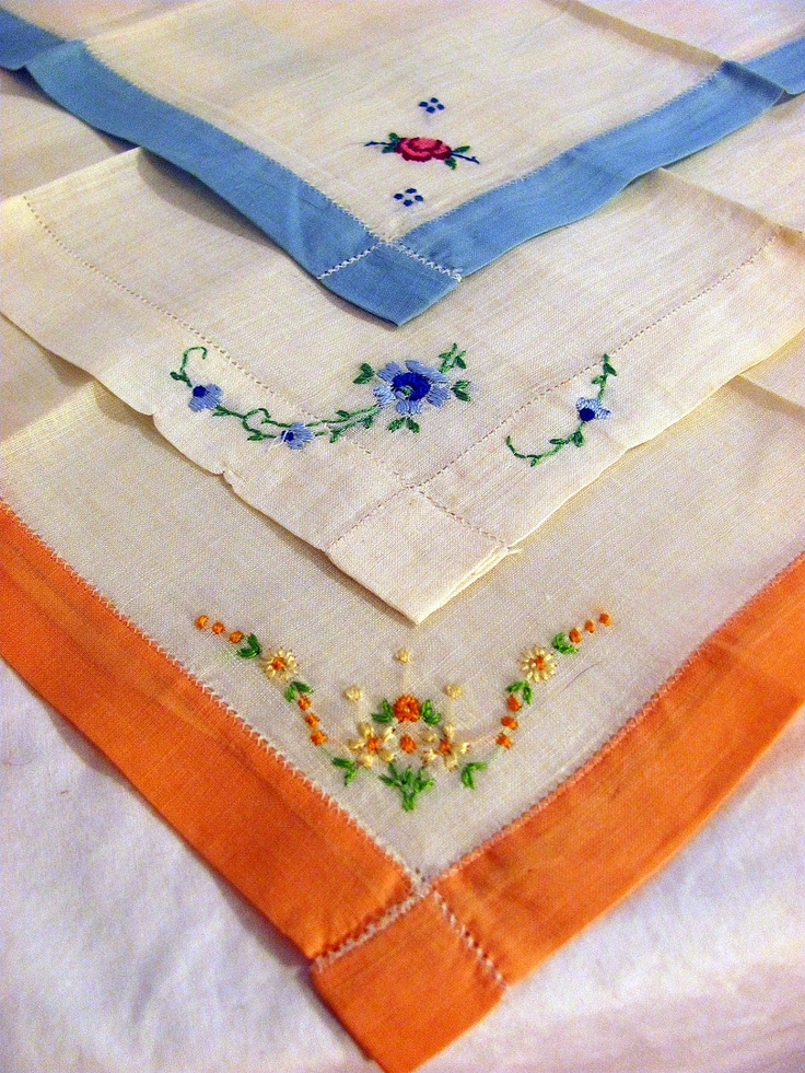 Vintage embroidered handkerchiefs set of by Auctionbutterflies, $6.00