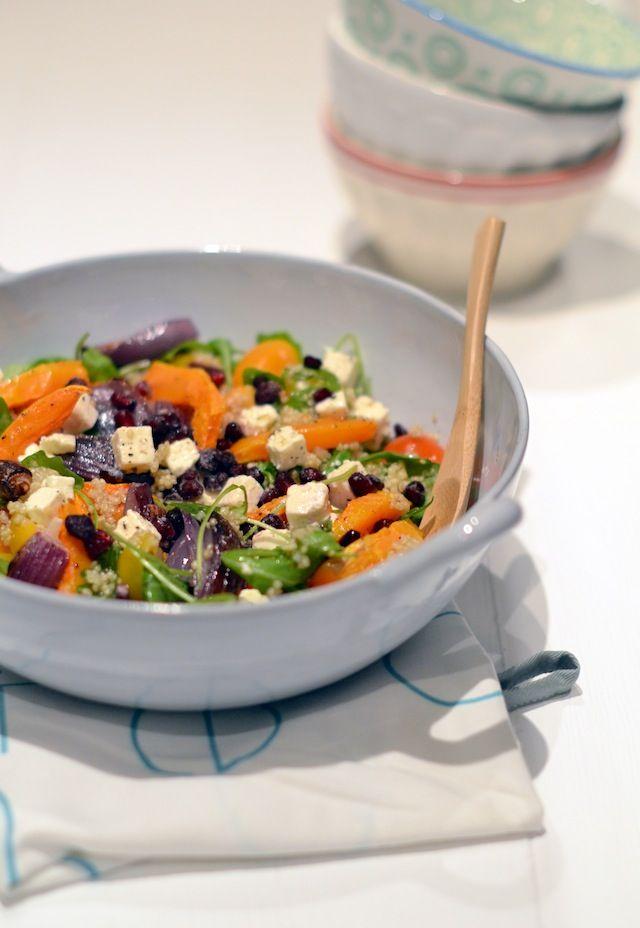 VHV Quinoa salade met pompoen, rode ui, rucola en feta