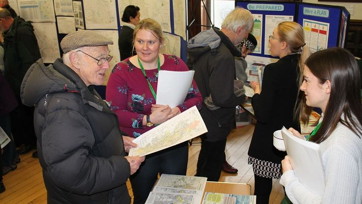 New Road common land options will complement flood defences https://www.cumbriacrack.com/wp-content/uploads/2018/02/The-EA-drop-in-event-in-Kendal-4-002.jpg South Lakeland District Council is working with the Environment Agency to ensure that any investment in work to improve common land at New Road    https://www.cumbriacrack.com/2018/02/09/new-road-common-land-options-will-complement-flood-defences/
