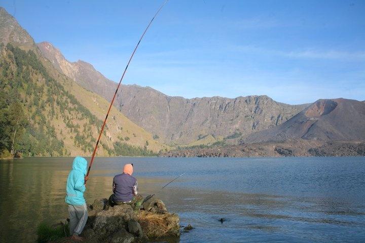 Danau segara anak, surganya gunung Rinjani
