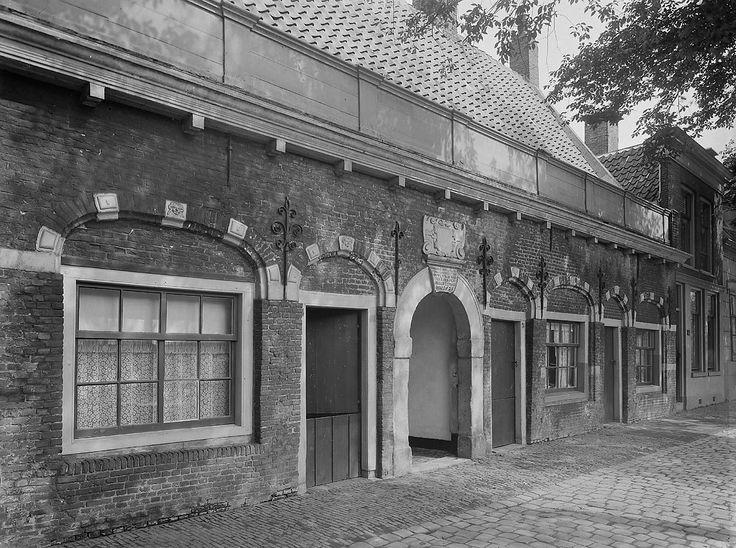 Gouda: Fundatie van Christina Ghijsberts - Geheugen van Nederland