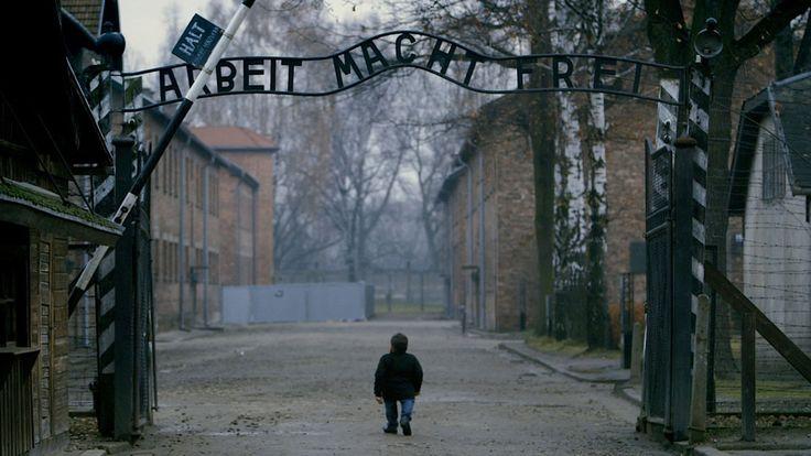 Warwick Davis and the Seven Dwarfs of Auschwitz | Ursula Macfarlane