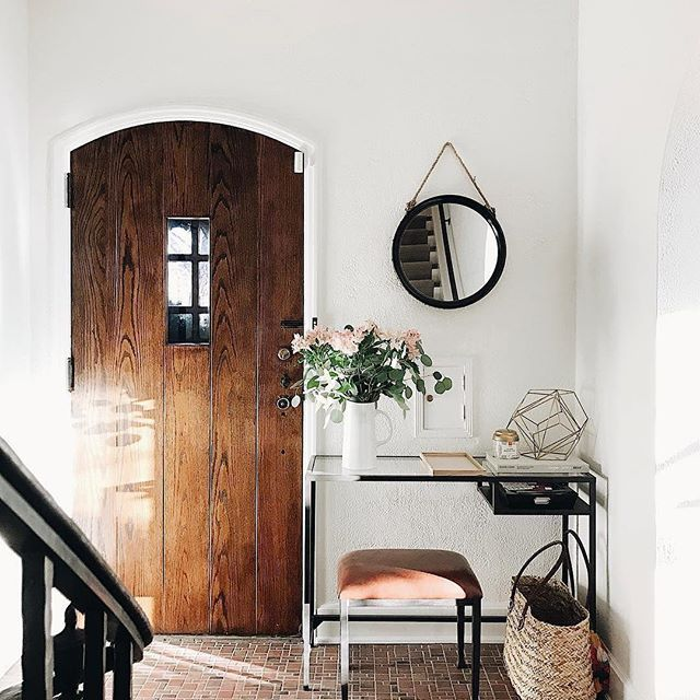 """""""Tiny Foyer, Big Personality."""" From Round Mirrors To Crisp"""