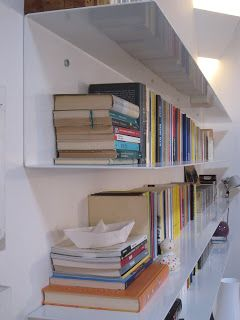 architettura e design: _ libreria in lamiera di ferro