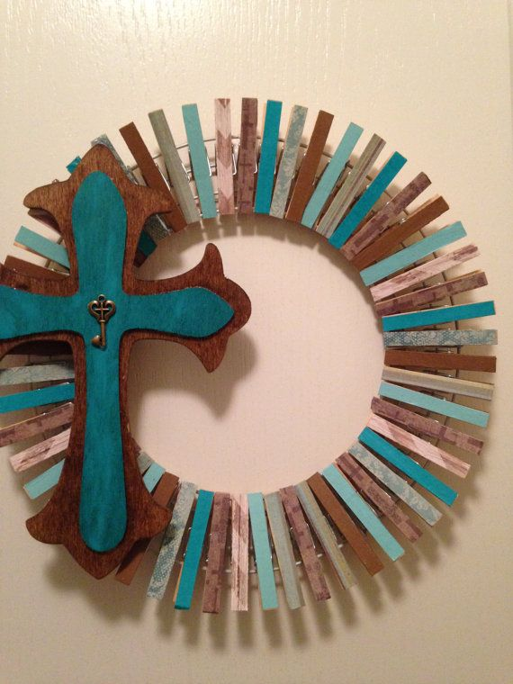 Clothes pin wreaths by Theprimcrafter on Etsy