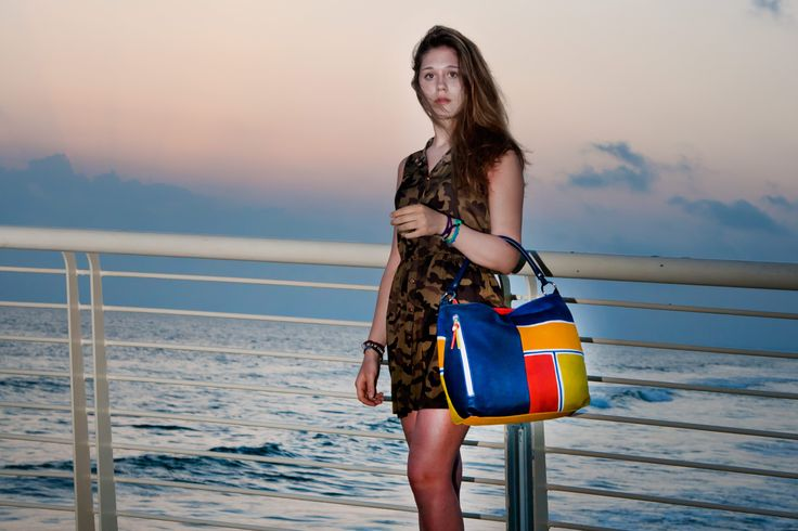 ASTORE BAG Acquerello Blu Beta - Made in Italy - 100% Genuine Leather - Fully Handpainted  #madeinitalybags #sunset #beach #astore #handbags #italianbrands #fashion #fashionbags