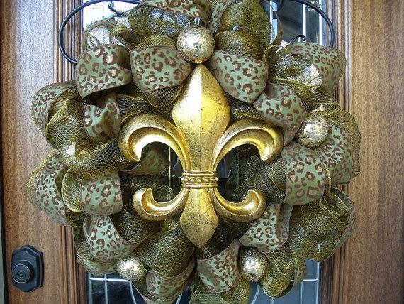 Fleur de lis wreath changing up the colors a littleColors, Leopards Ribbons, Leopards Prints, Crosses, Christmas Decor, Leopards Wreaths, Mesh Wreaths, Black, Crafts