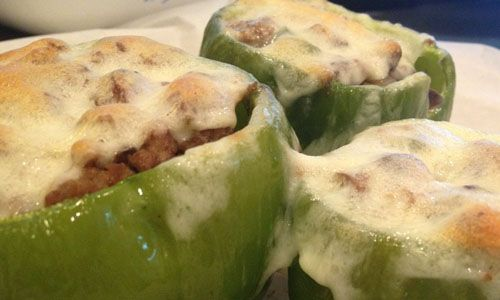 """Philly Cheesesteak"" Stuffed Peppers Image courtesy of Smart Meals Kimberly Roberto, co-author of the Maximized Living Nutrition Plans Advanced & Core Plan Serves 4-6 people  Ingredients  	1 pound grass-fed ground beef 	1 teaspoon sea salt 	1/2 teaspoon black pepper 	2 teaspoons liquid aminos or tamari 	4-6 orga"
