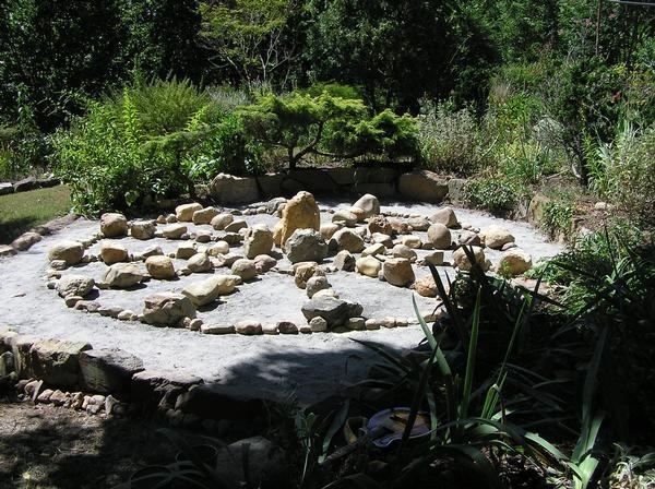 Make a sun wheel garden to celebrate the Summer Solstice, or Litha